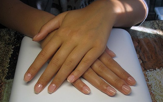 Лечение ногтей биогелем